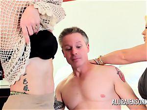 Alura Jenson mummy threesome smash with Brandi May
