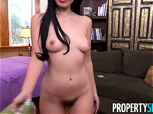 asian tenant Marica entices the building boss