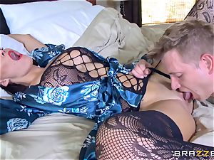 hotwife wife Peta Jensen gash thrashed by Bill Bailey