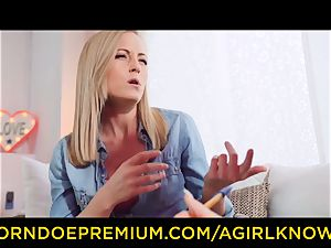 A female KNOWS - uber-sexy girly-girl blondes dildo act
