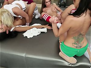 epic Alexa Nicole & her friends have a beaver party