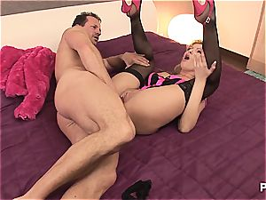Donna's so cock-squeezing she makes him spunk two times