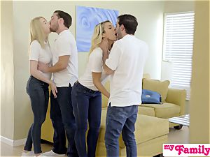 StepSiblings romp In Front Of mom - MyFamilyPies S3:E4