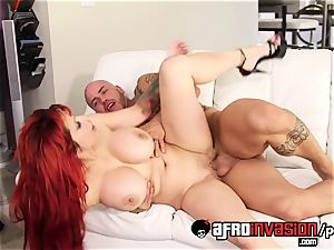 mummy Alyssa Lynn in interracial fuck-a-thon