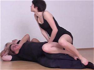 Fetish-Erotic wrestling ladies struggle dudes down