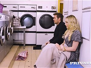 Private.com - Mia Malkova gets humped in the laundry