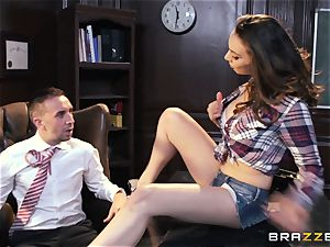 Dont dirt with spectacular student Tiffany Tyler