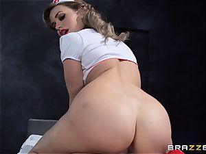 desire nurse Mia Malkova gets her patient thru his operation
