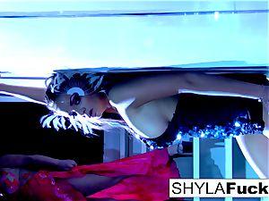 buxomy Nika obeys Shyla's instructions