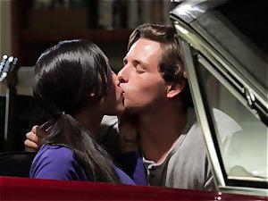 Chloe Amour nails in her boyfriends fresh car