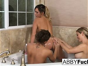 3some sapphic joy with Abigail, Cherie, and destiny