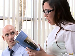 Top college girl Karlee Grey gives presentation on a sybian