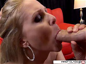 Julia Ann is one well seasoned manmeat inhaling professional