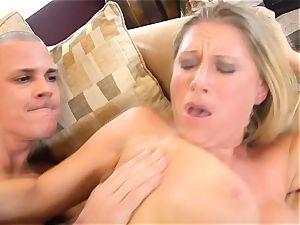 Devon Lee stunner getting mans nut-juice split in her jaws