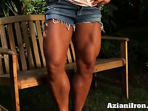 killer beefy Amber peels off down and gropes her ample joy button