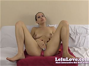 amateur girl plays with cum crammed condom in her cooch