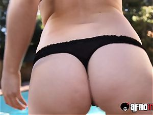 sensual cougar analled and jizz fed