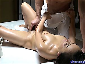 Yasmeena Ali sensuous massage and orgy