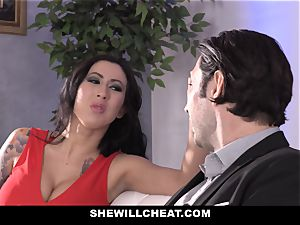 SheWillCheat - tramp wifey booty boinked by acquaintance