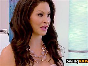 duo wife interchanges in same swinger room