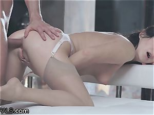 21Naturals sensuous ass-fuck Leads to jizm on Gape