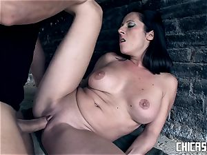 Chicas Loca - brown-haired Latina Noemi Jolie porks outside