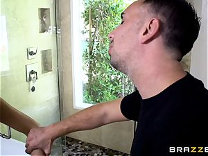 August Ames deepthroating on a large man meat