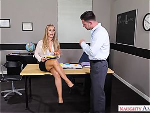 The hottest lecturer Nicole Aniston wants boner for her bliss