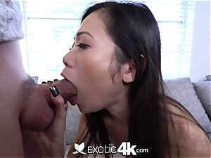 EXOTIC4K chinese Spinner juggles on ample man meat